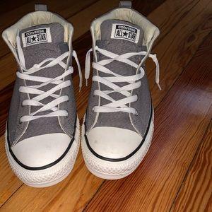 Men's Converse Sneaker Size 9